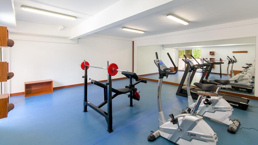 location_villa_martinique_la_ressource_salle_fitness_1